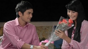 https://riangold.files.wordpress.com/2011/05/rahasiarayuanpikiranyangmembuatwanitajatuhcinta.jpg?w=300